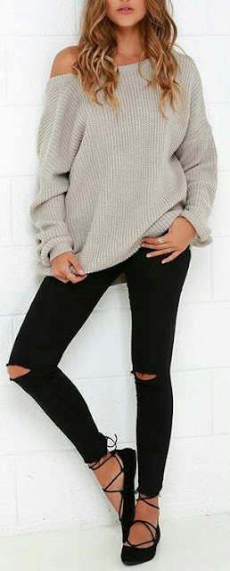 Knit sweater with skinny jeans