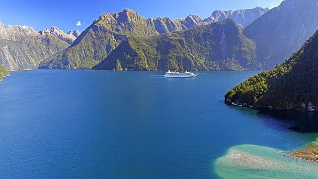 "منتزهات ""تاي واهيبو نامو"" في نيوزيلندا"