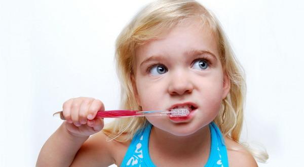 Anak Senang Gosok Gigi tanpa dipaksa, dengan Lakukan 5 Tips ini.