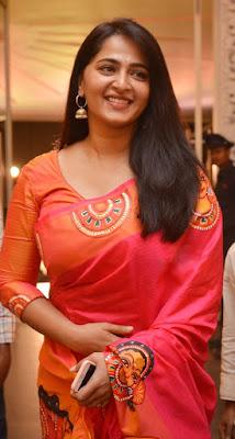 Anushka Shetty Beautiful Saree Stills, Sexy Anushka Heroine Hot 4