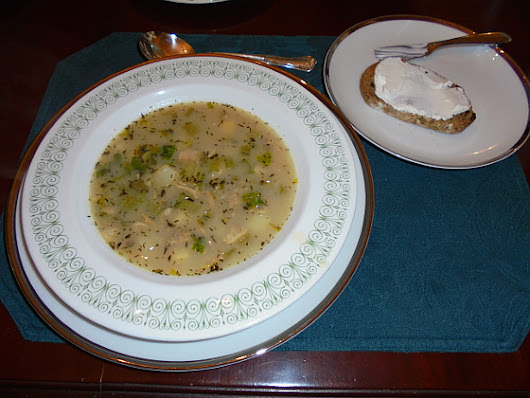 Rhode Trip with Corning Ware - Rhode Island Clam Chowder