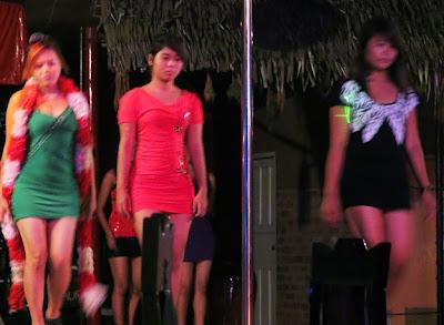 Pretty party girls