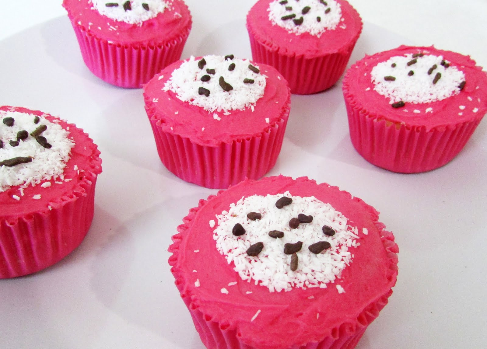 Dragon Fruit Cupcakes for National Cake Day