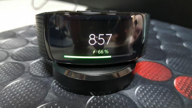 [開箱] Samsung Fit2 Pro 智慧手環, 運動游泳都支援  - 3