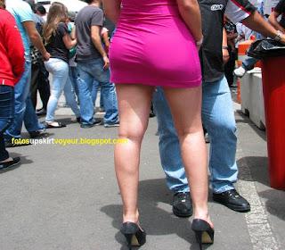 Mujeres ricas piernas minifaldas