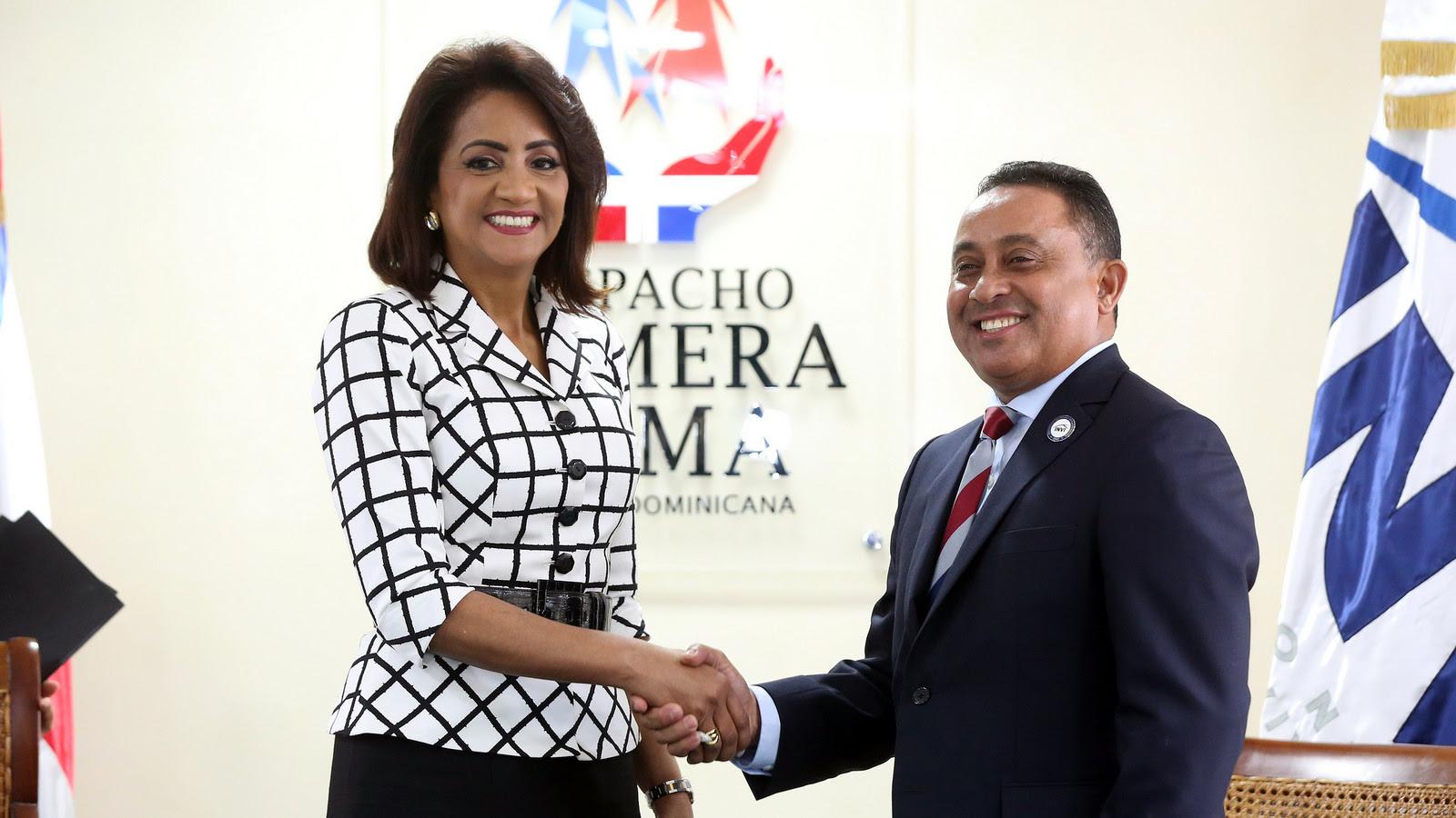Despacho Primera Dama y el INVI contribuirán al mejoramiento de 100,000 viviendas