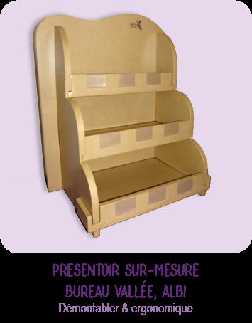 Presentoir étagère sur-mesure - en carton -  pour agendas - pour le magasin Bureau Vallée - Albi - par CARTONS DUDULLE