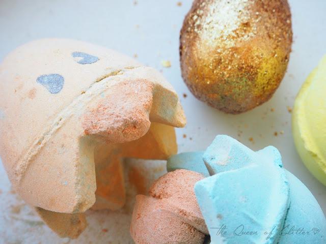 Lush kylpypommit Fizzbanger, Golden Egg ja Chick'n'Mix.