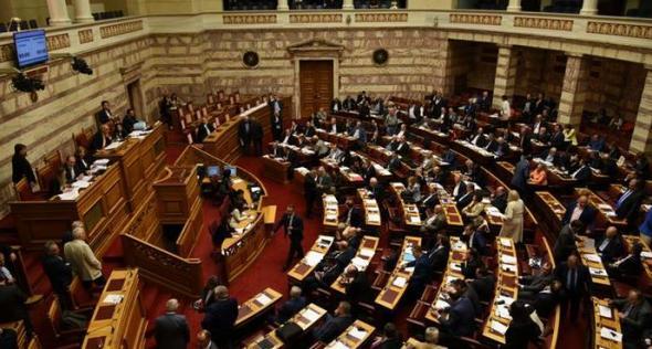 DW: Κίνδυνος ακυβερνησίας στην Ελλάδα