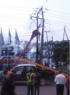 PHCN staff almost electrocuted to death in VI yesterday's evening