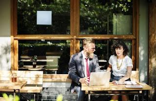 Pahami cara membangun bisnis dengan sifat yang patut di contohkan