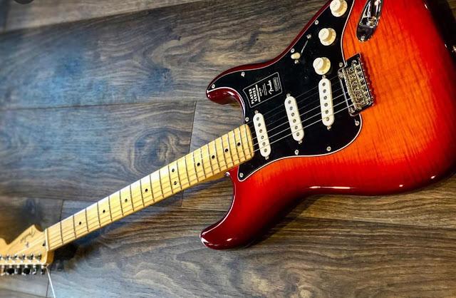 Beli Gitar Seharga Motor Baru