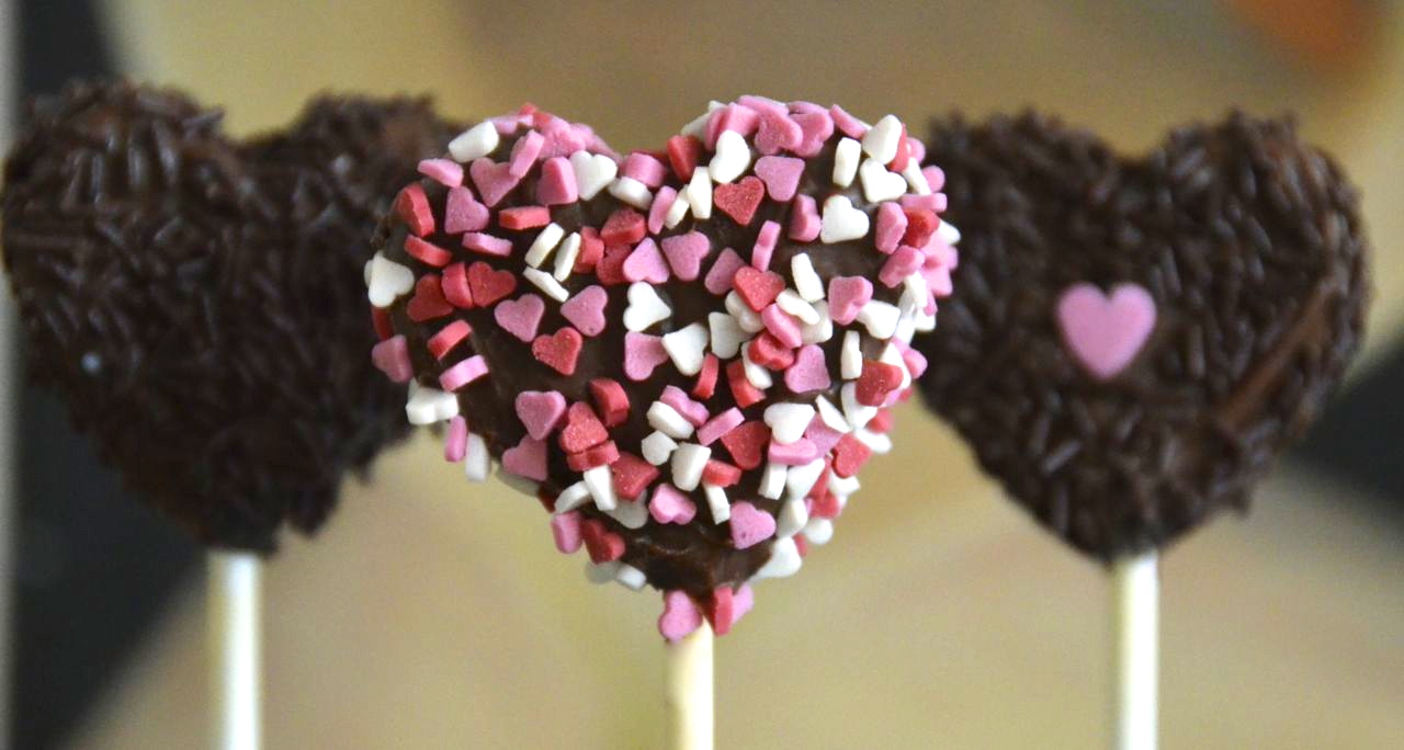 Pizza For Breakfast St Valentine S Cake Pops Hearts