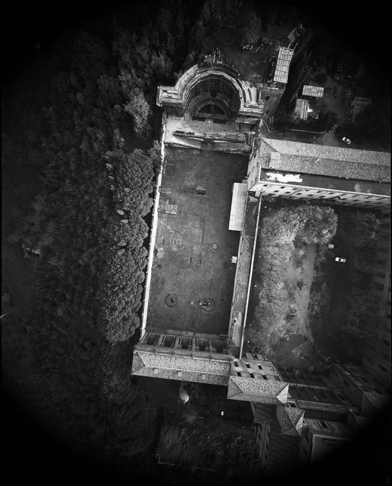 Frascati, veduta 8x10 da pallone frenato del giardino di Villa Mondragone, primi anni 90 - Fotografia di Giorgio Jano