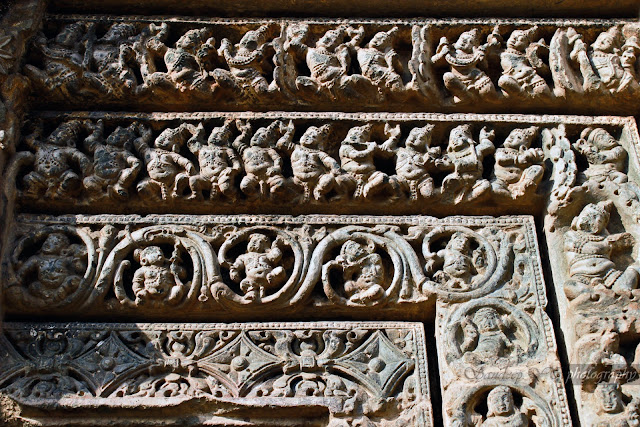 small sculptures on the lintel on the south door