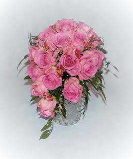 Bukiet ślubny – różowe róże