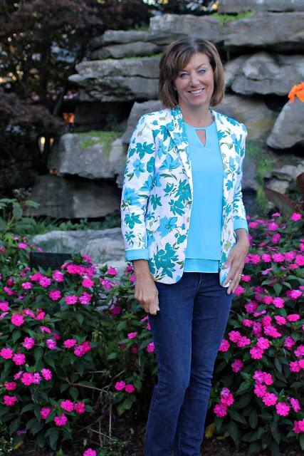 Mood Fabrics' floral pique jacket using Mimi G's Simplicity pattern 1167