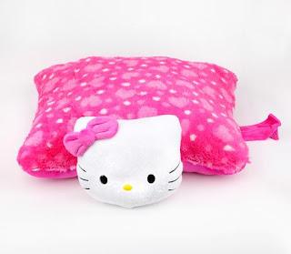 Gambar Bantal Hello Kitty 7