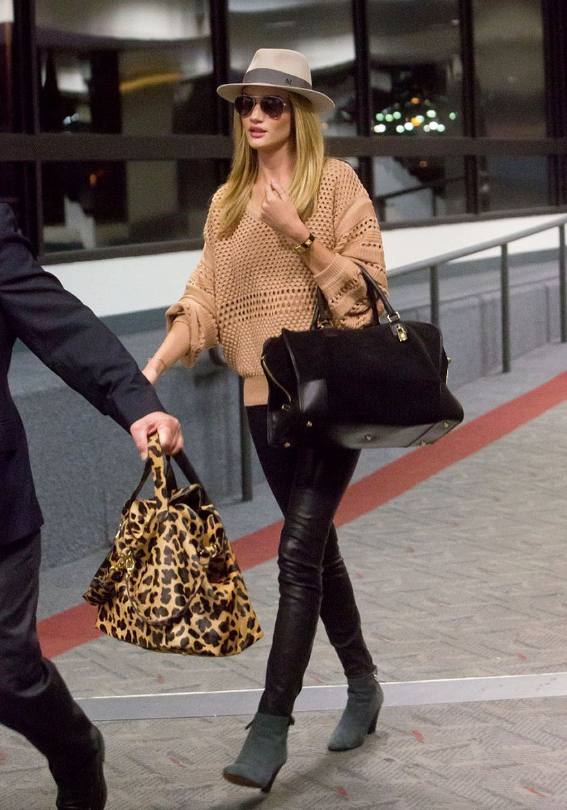 Rosie Huntington-Whiteley, Rosie Huntington-Whiteley style, Rosie Huntington-Whiteley outfits, style of Rosie Huntington-Whiteley, Rosie Huntington Whiteley, how to dress like Rosie Huntington-Whiteley