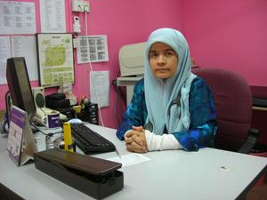 Dr. Haseenah doktor jerawat
