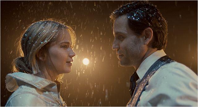 """Jennifer Lawrence y Edgar Ramírez en """"Joy"""""""