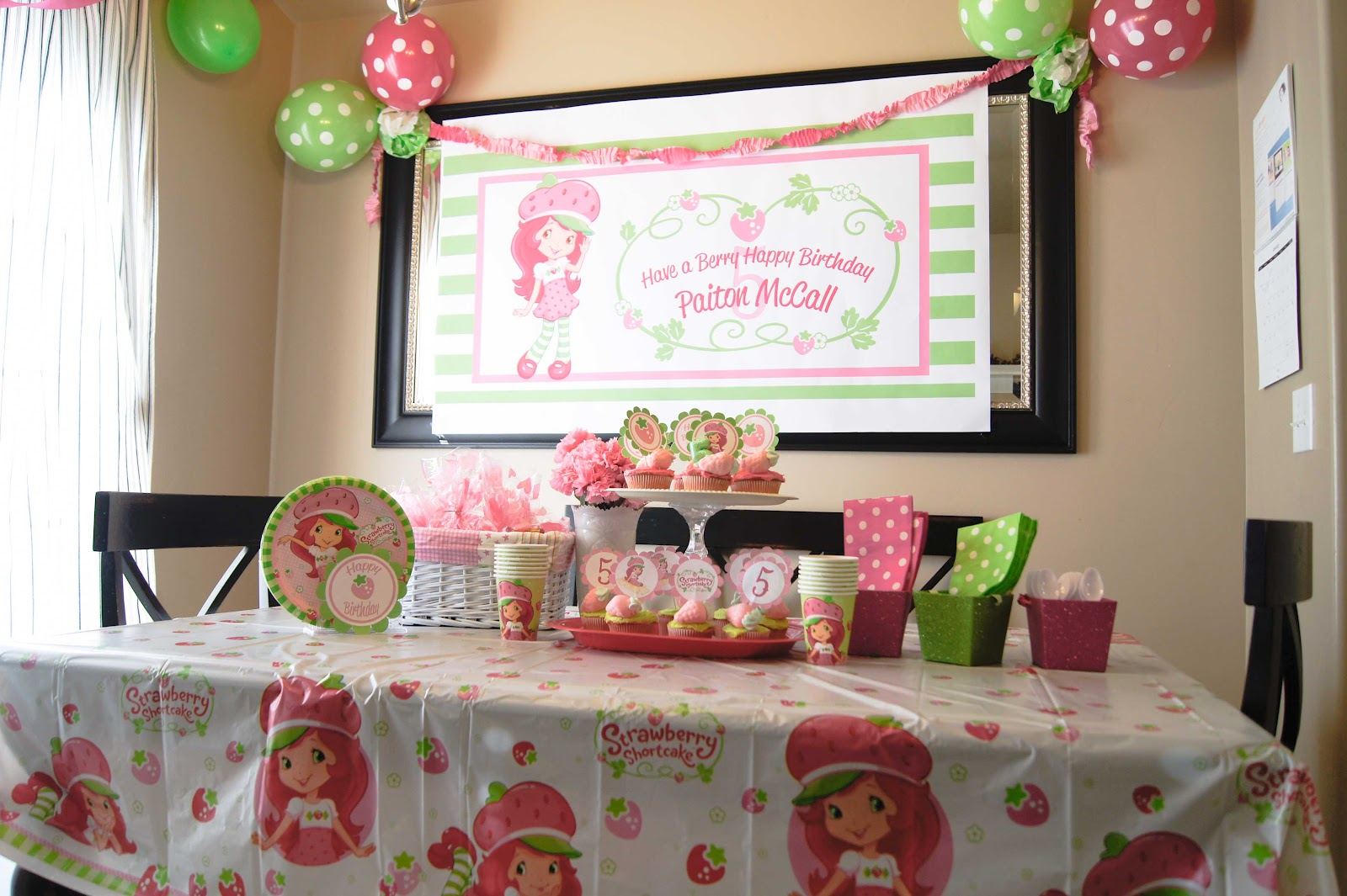 The Secret To A Simple Strawberry Shortcake Birthday Party