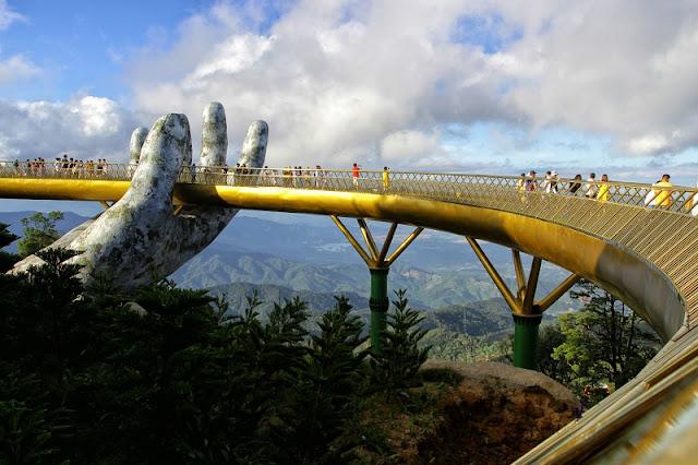 Top 5 famous bridges in Da Nang 4