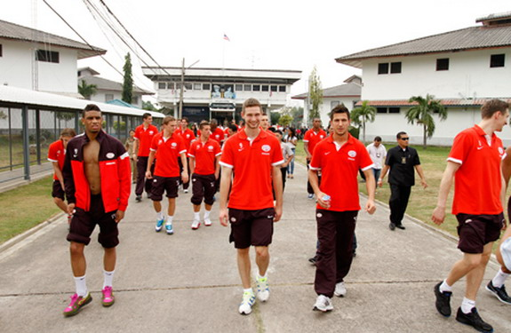 PSV Eindhoven players take a tour inside the Klong Prem Central Prison