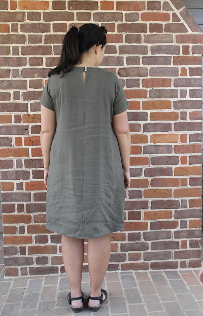 Back view of a linen short-sleeved dress made from the Simplicity 2245/Lisette Portfolio sewing pattern.