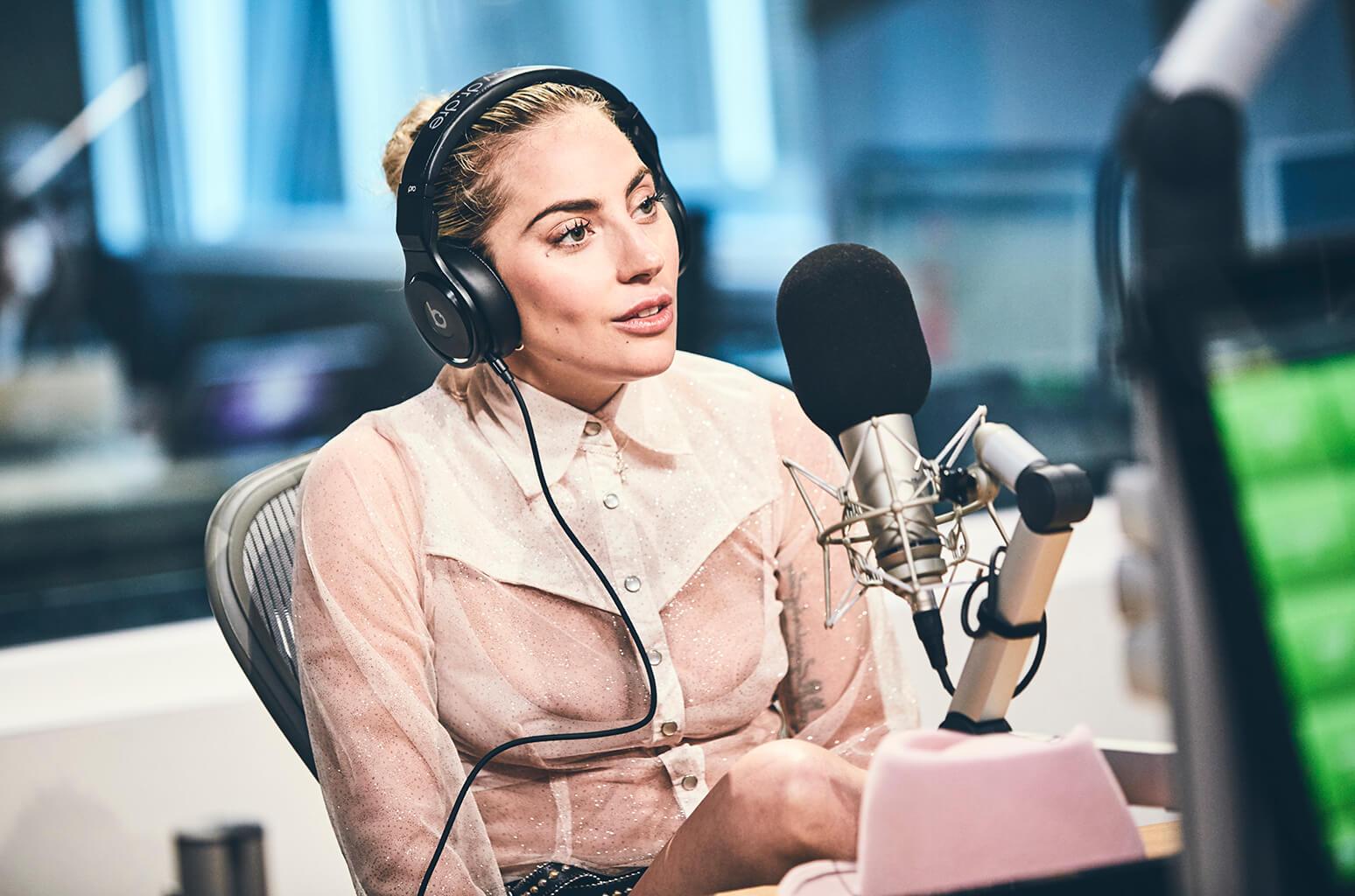 """Lady Gaga: """"No soy nada como Madonna, yo escribo mis propias canciones"""""""