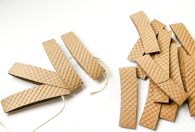 threading cardboard coffee cup sleeves, diy pumpkins