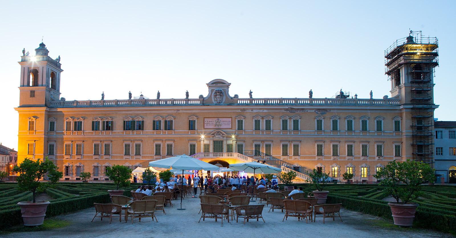 per lottavo anno consecutivo alma la scuola internazionale di cucina italiana apre le porte per una settimana ai 40 migliori diplomati degli istituti