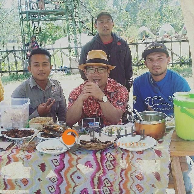 Ridwan Kamil Makan Siang Gravity Adventure
