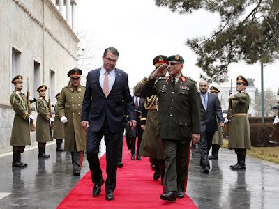US Defense Secretary arrives in Afghanistan