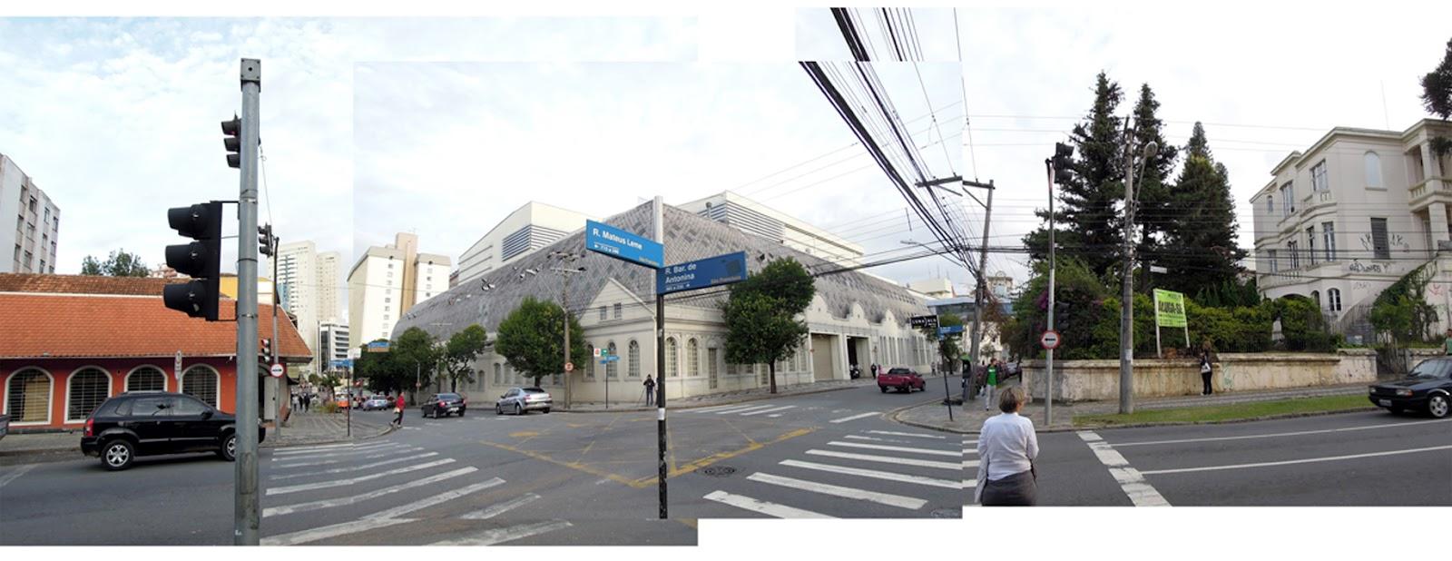 d5748a353c Shopping Mueller, esquina da Rua Mateus Leme com a Rua Inácio Lustosa.