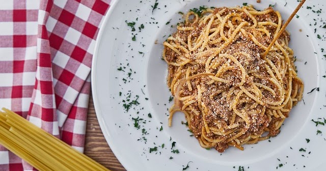one pot pasta schnelle nudelgerichte richtig zubereiten. Black Bedroom Furniture Sets. Home Design Ideas