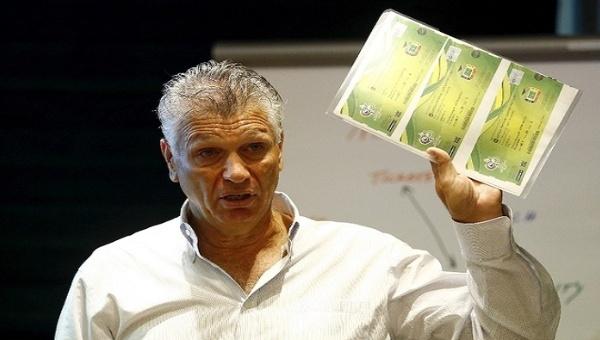 Exdirectivo de FIFA revela arreglos en los sorteos de mundial