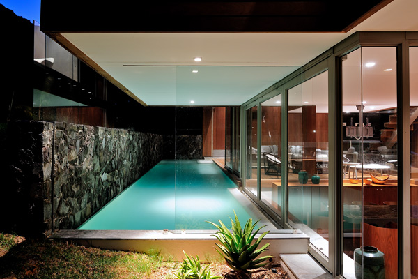 If Its Hip Its Here Archives A Stunning Modern Home With Underwater Spa In Cape Town Makes