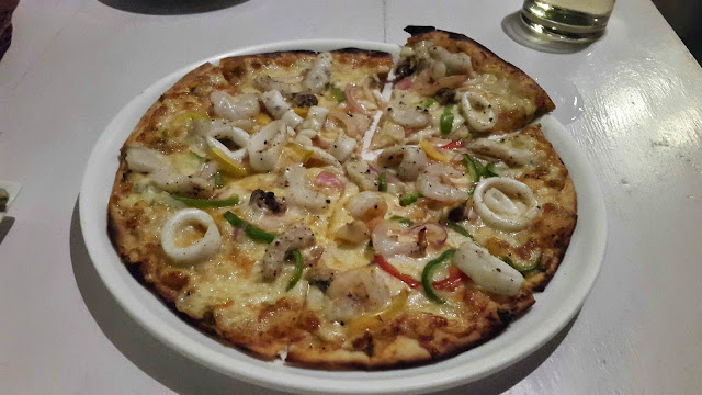 Seafood Pizza at One