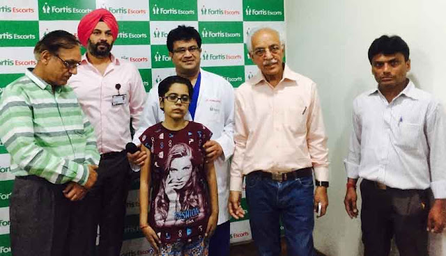 Successful high-risk surgery fractured spine and paralysis in Fortis Escorts, Faridabad