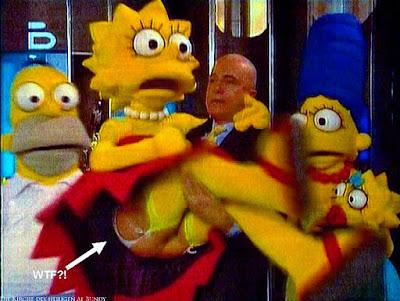 Lustige Familien Bilder im Fernsehen die Simpsons