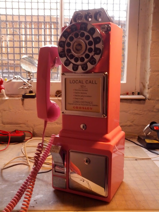 audio_maelstrom: Pink Payphone for Miranda Lambert!