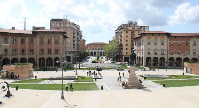 ساحة فيتوريو إيمانويل الثاني