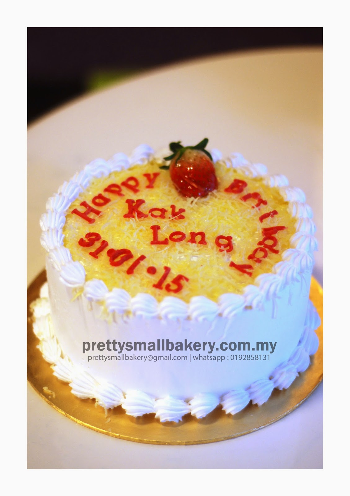 Kek Fresh Cream With Strawberry Prettysmallbakery