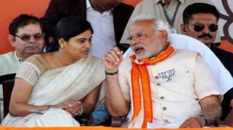 पासवान की राह पर उद्धव-अनुप्रिया, सहयोगियों के सामने क्यों बैकफुट पर है BJP?