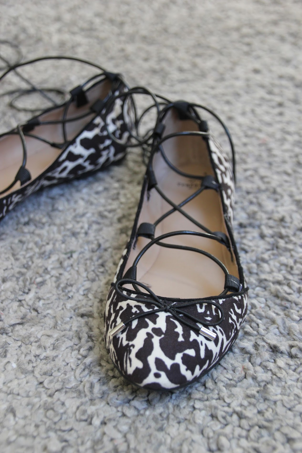 DIY Zapatos customizados con tiras