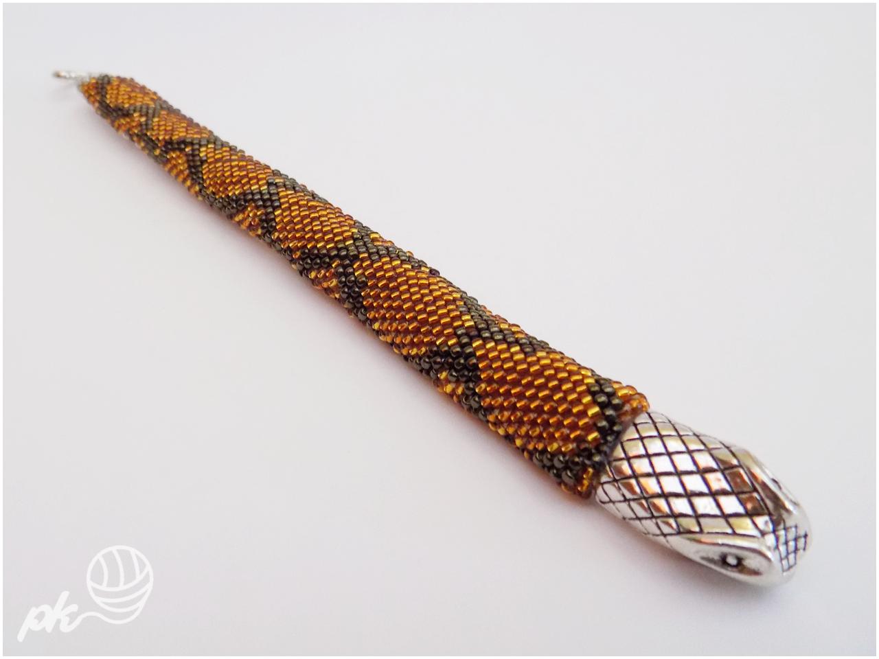 ukośnik, bransoletka, handmade, rękodzieło, biżuteria, skóra węża, koraliki toho,