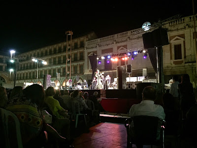 Free flamenco concert in the plaza