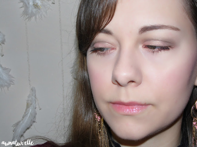 maquillage yeux rose saumon