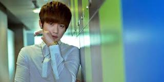 Lee Jeong Hoon sebagai pemeran Lee Jeong Yoo